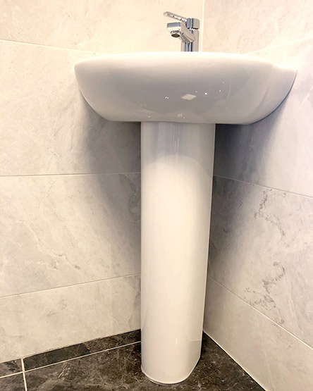 Small Blocked Sink in Cross Gates Leeds